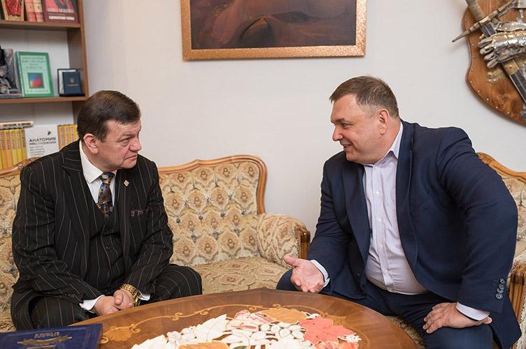 Станіслав Шевчук: «Україні зараз потрібен справжній, професійний Конституційний суд, а не збіговисько інтриганів…»