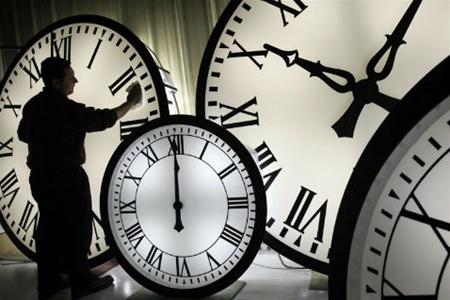 В ночь на 26 марта сравняется украинское и московское время
