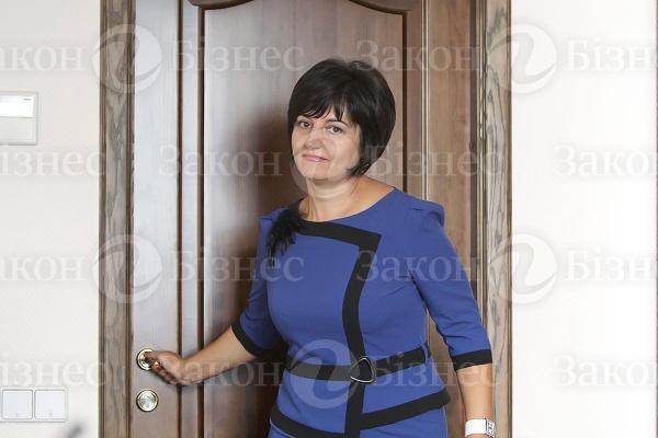 Оксана фанда претендует на должность
